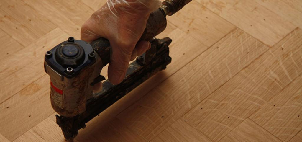 7 Best Hardwood Flooring Nailers [2021 Reviews]