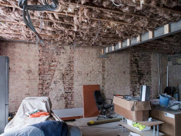 72 Really Cool Modern Basement Ideas